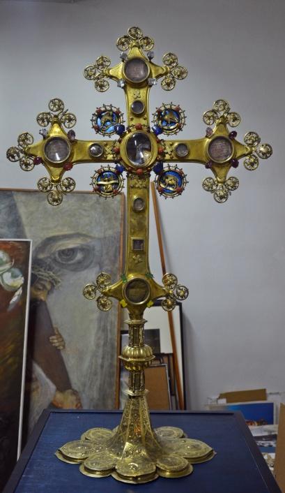 Krzyż relikwiarzowy z kościoła św. Jakuba w Toruniu, ok. 1400 i ok. 1600.